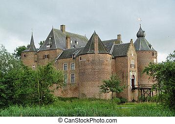 castelo, 10º século