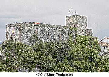 castillo - Castillo de San Vicente de la Barquera, en...