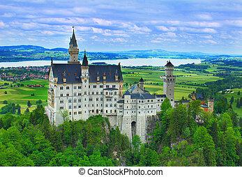 castillo de neuschwanstein, en, el, alpes bávaros
