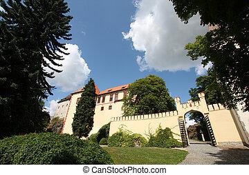 castillo, kamen