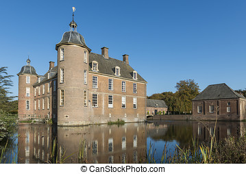 Castle and Canal Slangenburg in Doetinchem - Buildings and...