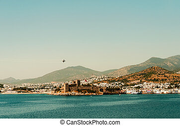 Castle and Jet - An F16 aerobatic display above Bodrum...
