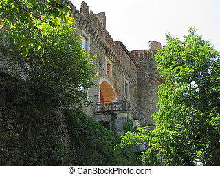 Castle, Castelnau