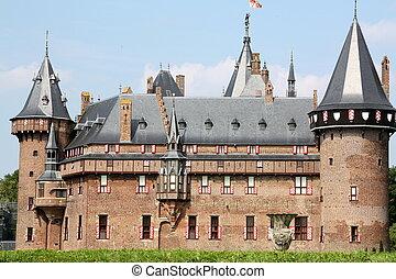 Castle de Haar from the 20th century in Haarzuilen. The...