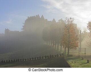 Castle Fenelon, fog