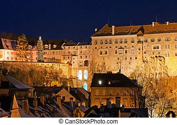 Castle in Cesky Krumlov - View of castle wing in Cesky ...