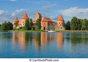 castle in Trakai, Lithuania - old medieval castle on lake ...