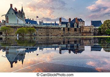 Castle of the Dukes of Brittany (Chateau des Ducs de ...