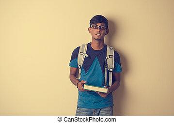 casual, indianas, estudante masculino, com, livro