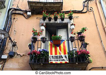 Catalan flag on the balcony
