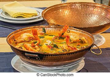 cataplana portuguese dish - shellfish cataplana portuguese...