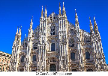 catedral de duomo, fachada