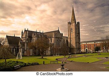 cathédrale, rue., dublin, ireland., patrick's