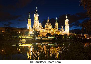 Cathedral  and Ebro  in night. Zaragoza