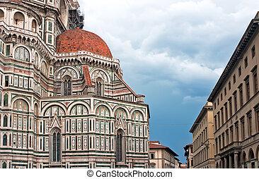 Duomo basilica di santa maria del fiore in Florence, Italy