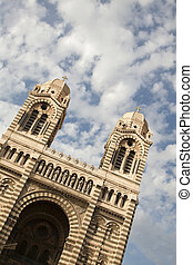 Cathedral Marseilles - Details of the beautiful Marseilles ...