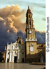 Cathedral of La Seo before the storm in Zaragoza, Spain