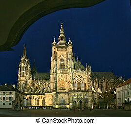 cathedral of st.Vitus - Prague castle - night view to...