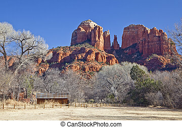 Cathedral Rock from Crescent Moon R