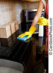 caucásico, mujer, joven, horno, limpieza