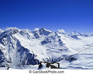 caucase, montagnes, ciel clair, neige, sous