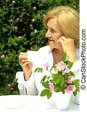 Caucasian elderly woman