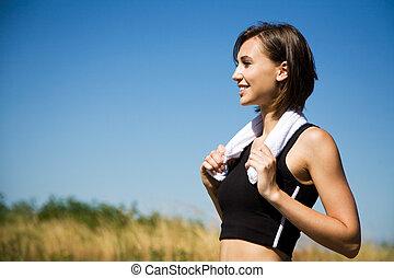 caucasiano, menina, exercício, ao ar livre