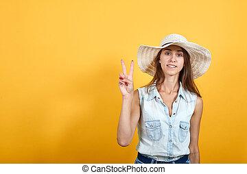 caucasien, victoire, sourire, geste, femme, jeune, séduisant
