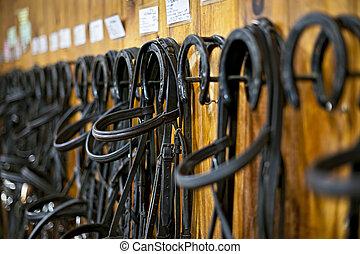 cavalo, penduradas, breios, estável