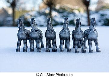 cavalos, prata