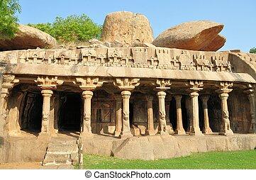 Cave complex in Mamallapuram, Tamil Nadu, India - Cave ...