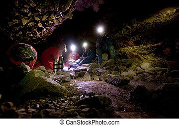 caverna, exporation