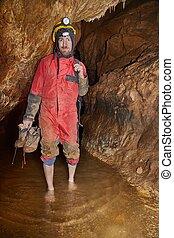 caving, descalço, em, água
