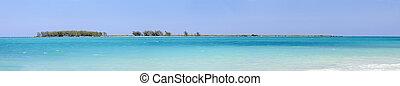 Cayo coco beach panorama, cuba - Panoramic view of tropical...