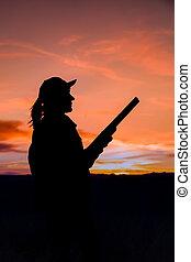 cazador, ocaso, silhouetted