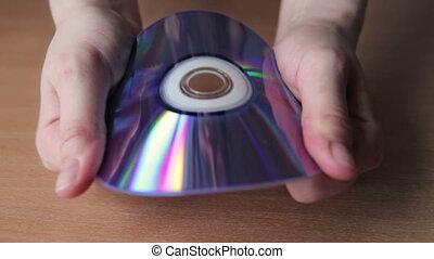 cd, dvd, femme, jeune, rupture