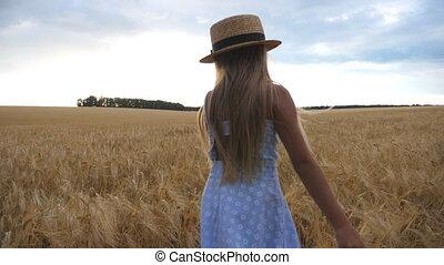 cebada, pequeño, pelo, lindo, day., niña, campo, largo,...