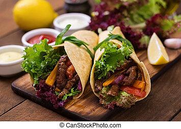 cebola, Mexicano, (paprika, carne, legumes, fajitas,...