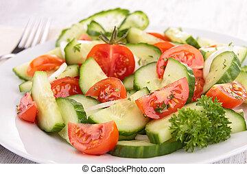 cebola, salada, pepino, tomate