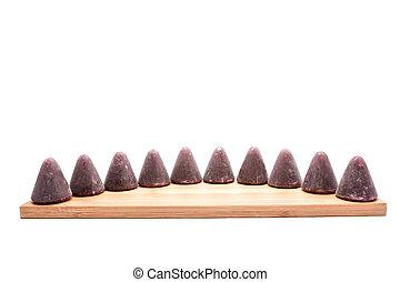 ceci, pyramidal, cuberdons