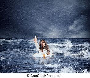 ceinture de sauvetage, demande, femme affaires, océan, orage, pendant, aide