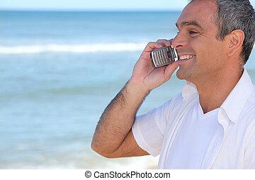 cellphone, 미소, 대양, 남자, 을 사용하여
