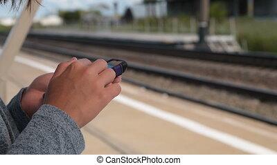 cellphone, attente, train, utilisation
