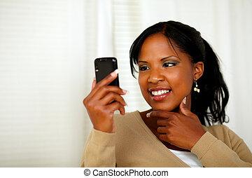 cellphone, messaggio, lettura donna, sofisticato