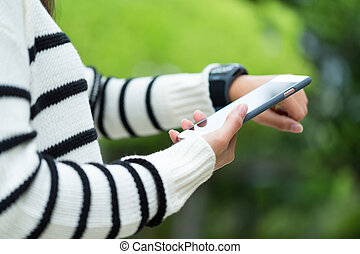 cellphone, mulher, parte, relógio, dados, wearable