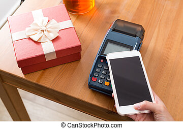 Cellphone pay on pos machine with the gift