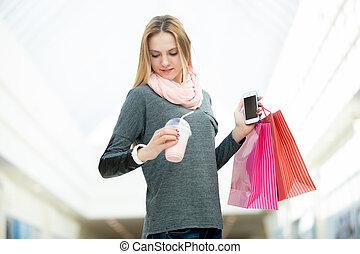 cellphone, shopping donna, borse, controllo, bevanda, giovane, supermercato, presa a terra, tempo
