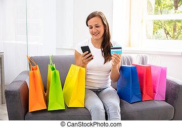 cellphone, shopping mulher, crédito, online, cartão