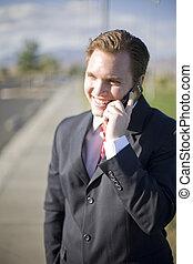 cellule, homme affaires, téléphone