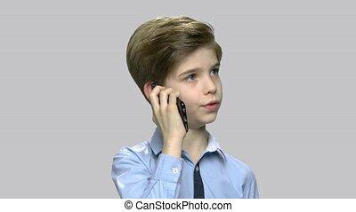 cellule, mignon, conversation, téléphone., garçon